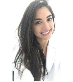 Dra. Larissa Requião